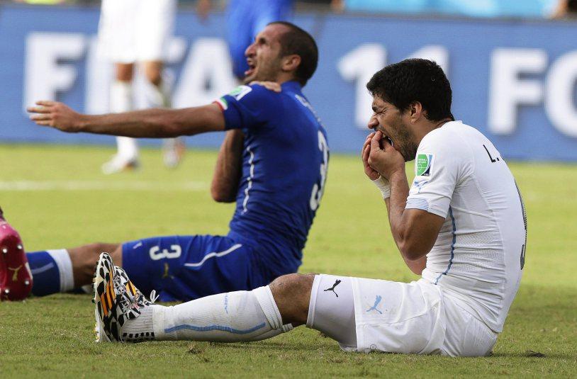 Group D - Italy vs Uruguay