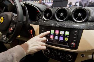 Apple-CarPlay-Technology