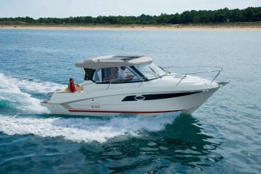 Cabin-Cruiser-Boats-for-sale