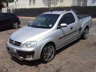 Opel-Corsa-utility-Bakkies