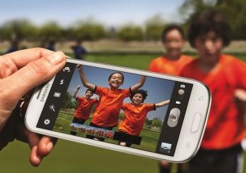 Smartphones-vs-Digital-Cameras