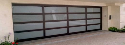 Fiberglass-Glass-Garage-Doors