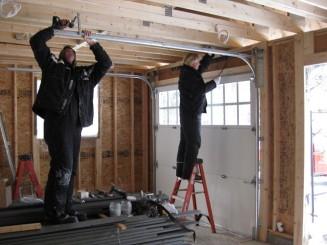 installation-of-garage-door