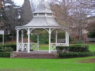 rotunda-style-gazebos
