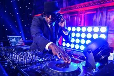 DJ-Knight-dj-equipment