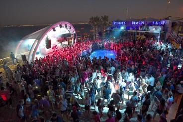 Shimmy-Beach-Club's-New-Year's-Extravaganza