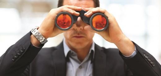 businessman-with-binoculars