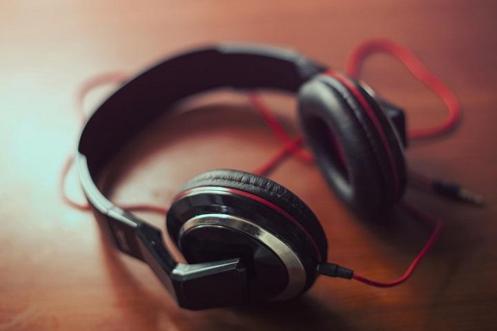 Программисты-музыканты сгенерировали «все возможные мелодии» и сделали их общественным достоянием
