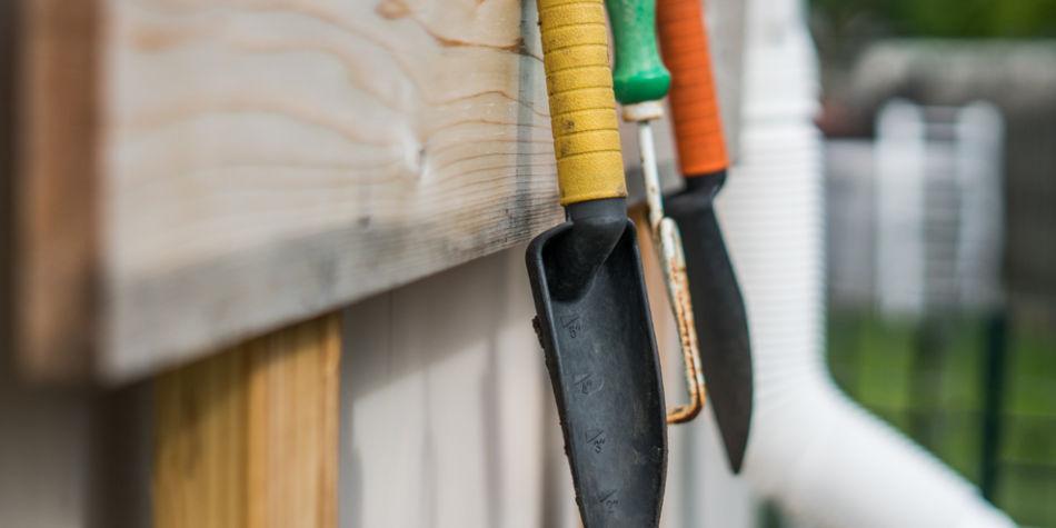 Buy Gardening Equipment For Your Herb Garden | Junk Mail