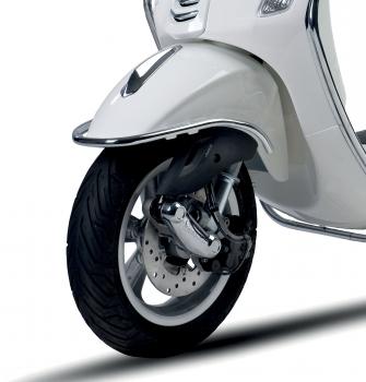 Vespa Front Chrome Bumper | Junk Mail